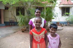 Neuaufnahme von 3 Mädchen