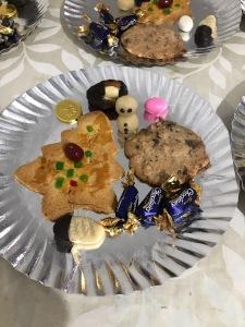 Weihnachtsteller mit Keksen, selbstgebacken